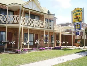 Victoria Lake Holiday Park - Accommodation in Surfers Paradise