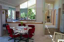 Seppelt House - Accommodation in Surfers Paradise