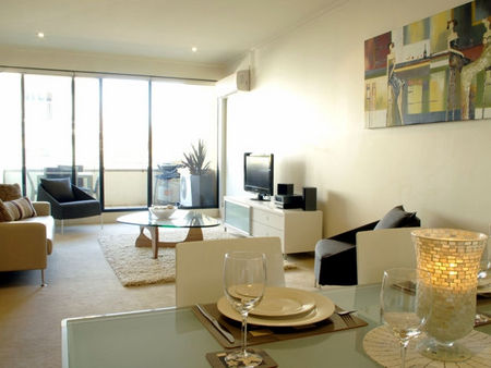Boutique Stays - Elwood Village Apartment - Accommodation in Surfers Paradise