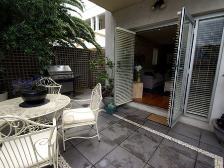 Boutique Stays - Beachside Point - Accommodation in Surfers Paradise