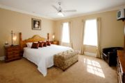Graebern Lodge - Accommodation in Surfers Paradise