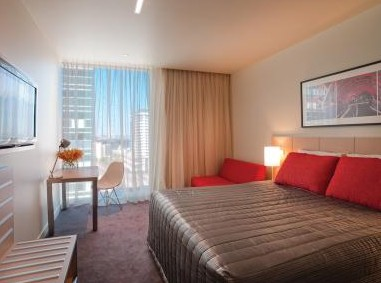 Travelodge Docklands - Accommodation in Surfers Paradise