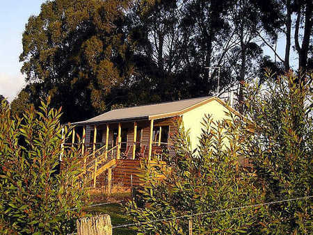 Birchwood Retreat Country Cottages - Accommodation in Surfers Paradise