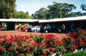 Whispering Gums Motel - Accommodation in Surfers Paradise