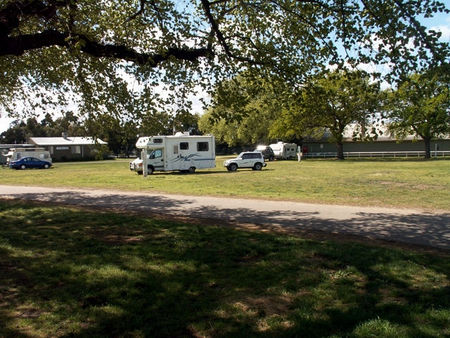 Sale Showground Caravan and Motorhome Park - Accommodation in Surfers Paradise