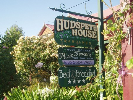 Hudspeth House Bed and Breakfast - Accommodation in Surfers Paradise