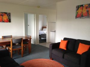 Phillip Island Cottages - Accommodation in Surfers Paradise