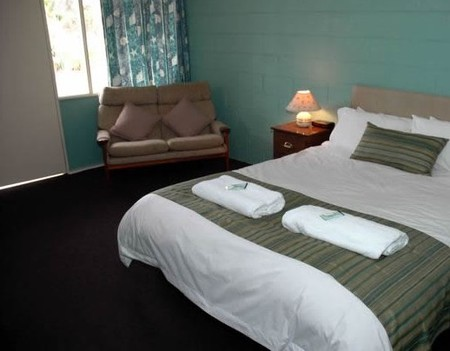 The Bay Motel - Safety Beach - Accommodation in Surfers Paradise