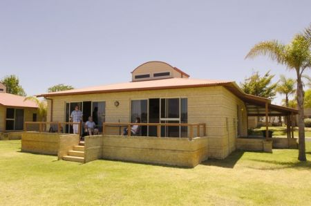 Discovery Holiday Parks - Koombana Bay - Accommodation in Surfers Paradise