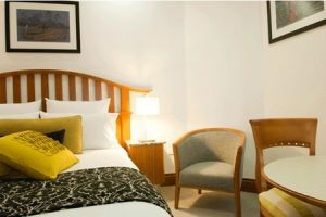 The Inchcolm Hotel - Accommodation in Surfers Paradise
