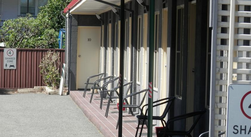 Benjamin Singleton Motel - Accommodation in Surfers Paradise
