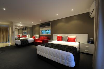 The Gateway Village Holiday Park - Accommodation in Surfers Paradise