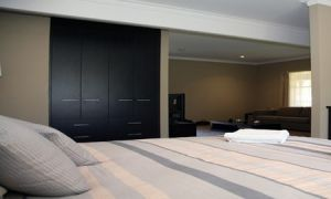 St Francis Winery - Accommodation in Surfers Paradise
