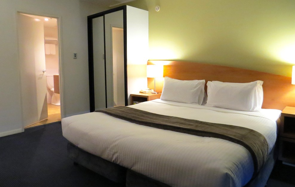 Waldorf Apartment Hotel - Accommodation in Surfers Paradise
