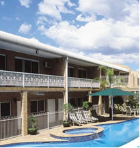 Macarthur Inn - Accommodation in Surfers Paradise