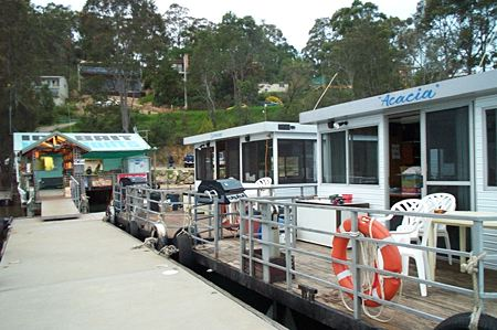 Clyde River Houseboats - Accommodation in Surfers Paradise