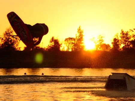 Bonney's WA Water Ski Park - Accommodation in Surfers Paradise