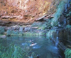 Dales Gorge and Circular Pool - Accommodation in Surfers Paradise
