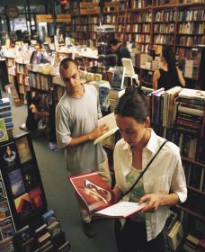 Gleebooks - Accommodation in Surfers Paradise