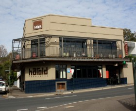 Harold Park Hotel - Accommodation in Surfers Paradise