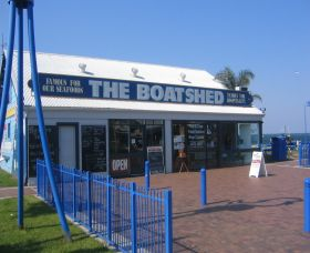Innes Boatshed - Accommodation in Surfers Paradise