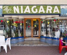 Niagra Cafe - Accommodation in Surfers Paradise