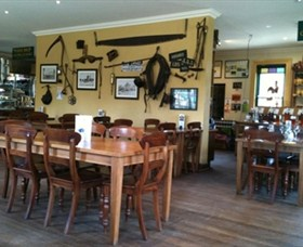 The Beekeepers Inn - Accommodation in Surfers Paradise