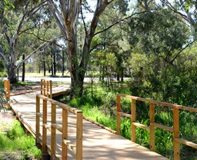 Green Corridor Walking Track - Accommodation in Surfers Paradise