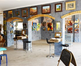 Splatter Gallery and Art Studio - Accommodation in Surfers Paradise