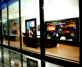 National Art Glass Collection - Accommodation in Surfers Paradise