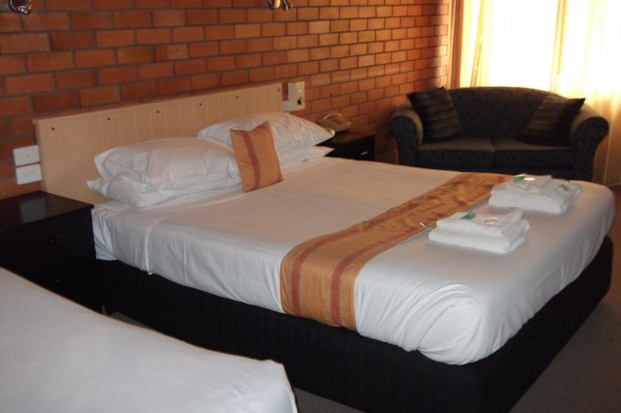 Hilldrop Motor Inn - Accommodation in Surfers Paradise