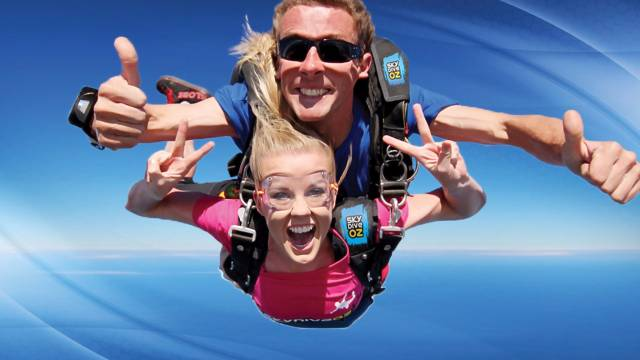 Skydive Oz Canberra - Accommodation in Surfers Paradise