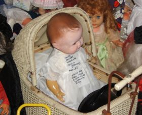 Little Darlings Doll Museum and Coffee Shop - Accommodation in Surfers Paradise