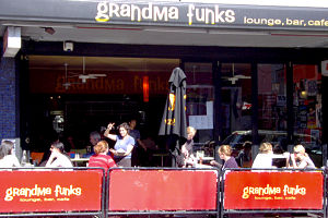 Grandma Funks - Accommodation in Surfers Paradise