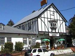 Canungra Hotel - Accommodation in Surfers Paradise