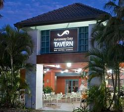Runaway Bay Tavern - Accommodation in Surfers Paradise
