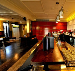 Golden Gate Hotel - Accommodation in Surfers Paradise