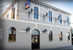 Castello's Foresters Arms Hotel - Accommodation in Surfers Paradise