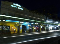 Glenelg Jetty Hotel - Accommodation in Surfers Paradise