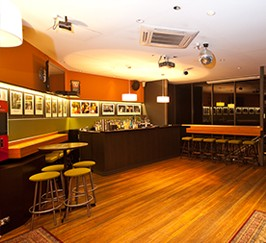 Bayview Tavern - Accommodation in Surfers Paradise