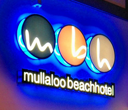 Mullaloo Beach Hotel - Accommodation in Surfers Paradise
