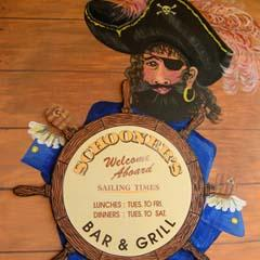Schooners Bar  Grill - Accommodation in Surfers Paradise