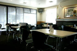 Kains Bar  Riverview Hotel - Accommodation in Surfers Paradise