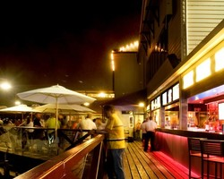 The Lucky Shag Waterfront Bar - Accommodation in Surfers Paradise