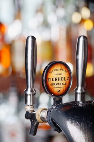 Zierholz Premium Brewery - Accommodation in Surfers Paradise