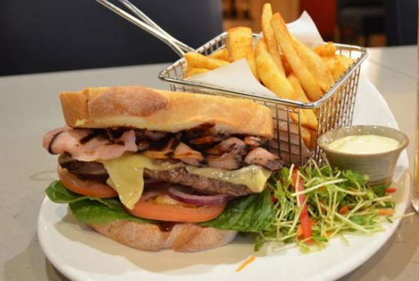Kobe Restaurant - Accommodation in Surfers Paradise