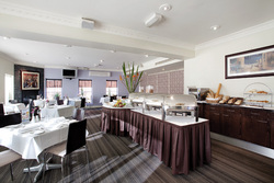 AJs Bar  Bistro - Accommodation in Surfers Paradise