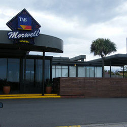 Morwell Hotel - Accommodation in Surfers Paradise
