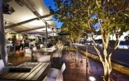 Tradewinds Hotel - Bar  Dining - Accommodation in Surfers Paradise