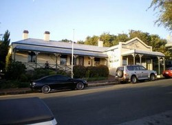 Earl of Spencer Historic Inn - Accommodation in Surfers Paradise